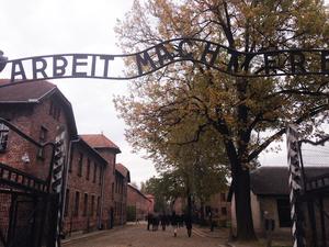 アウシュビッツ第一収容所入り口
