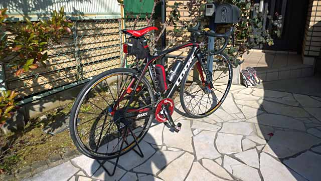 サイクリング:ローラー台は ...