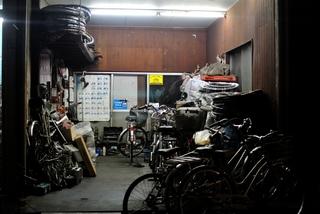 bicycle_shop.jpgのサムネイル画像