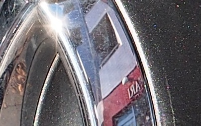 ZUIKO40150自動車フロント拡大.jpg