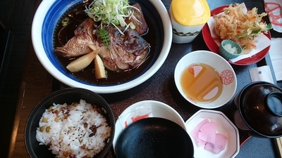 鯛かぶと煮定食.JPG