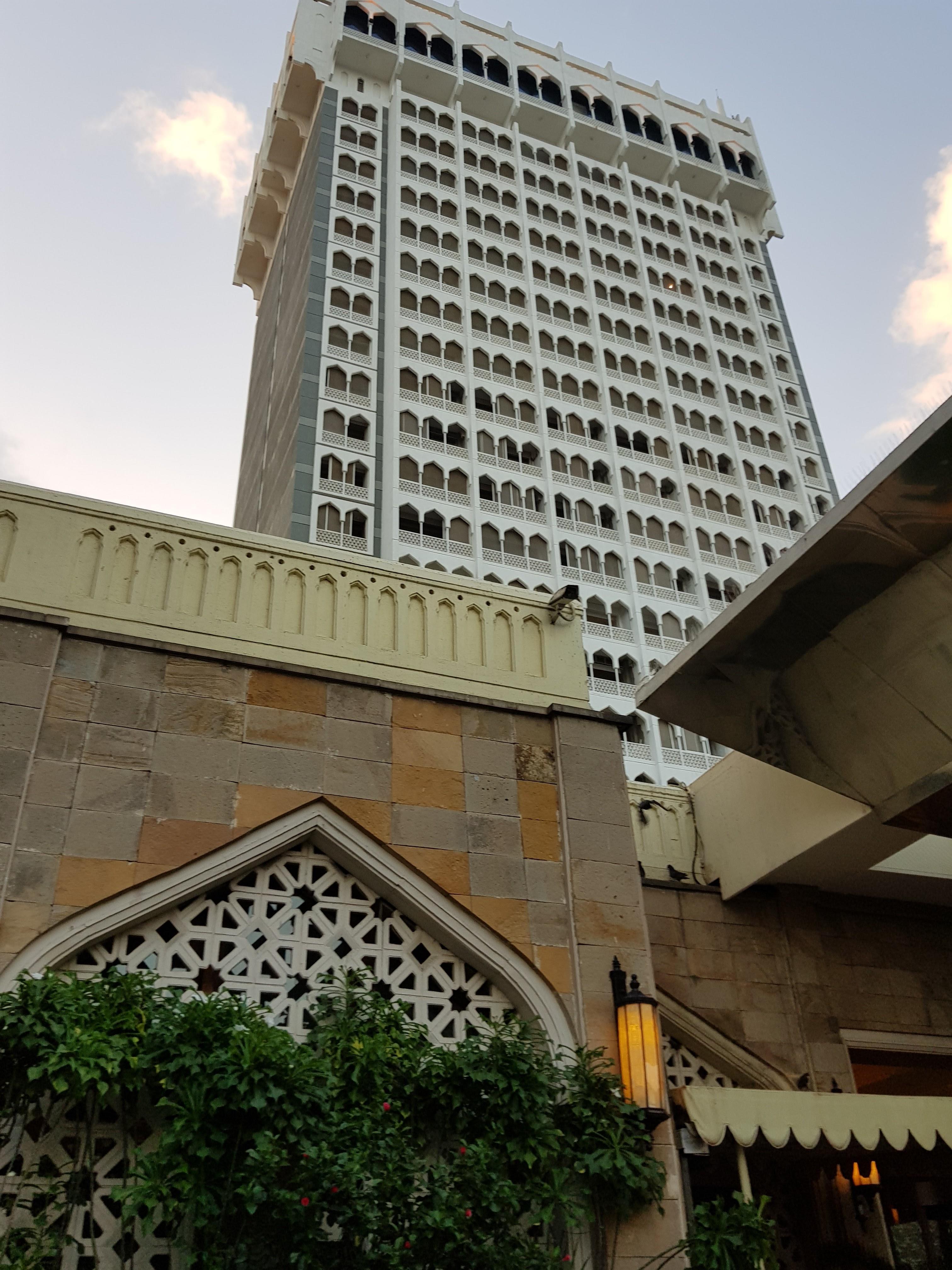 ホテル ムンバイ テロ